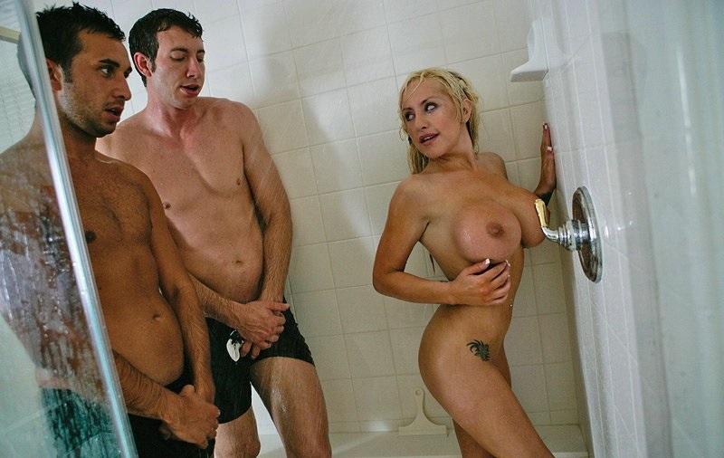 eliot reid nude